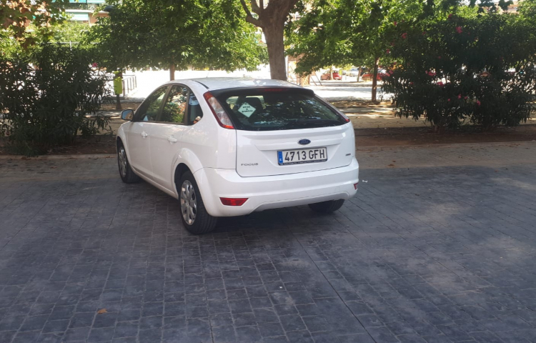 Hire a Ford Focus in Valencia