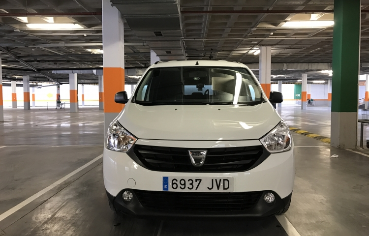 Hire a Dacia Lodgy in Valencia