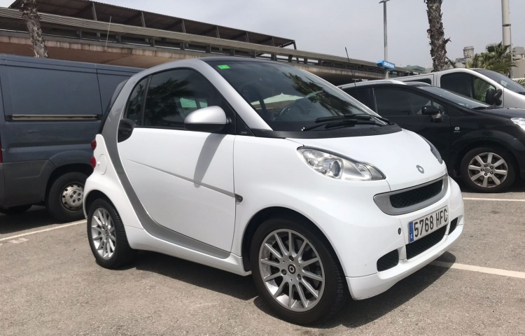 Alquilar un Smart Coupe Passion en Barcelona