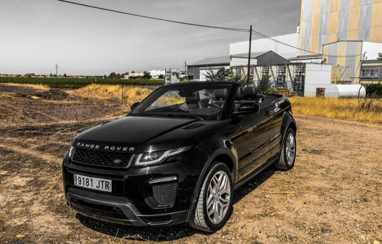 Hire a Land Rover Land rover evoque in Madrid