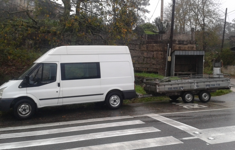 Hire a Ford Transit in Porriño
