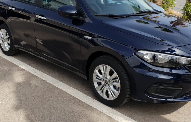 Hire a Fiat Tipo in Catral