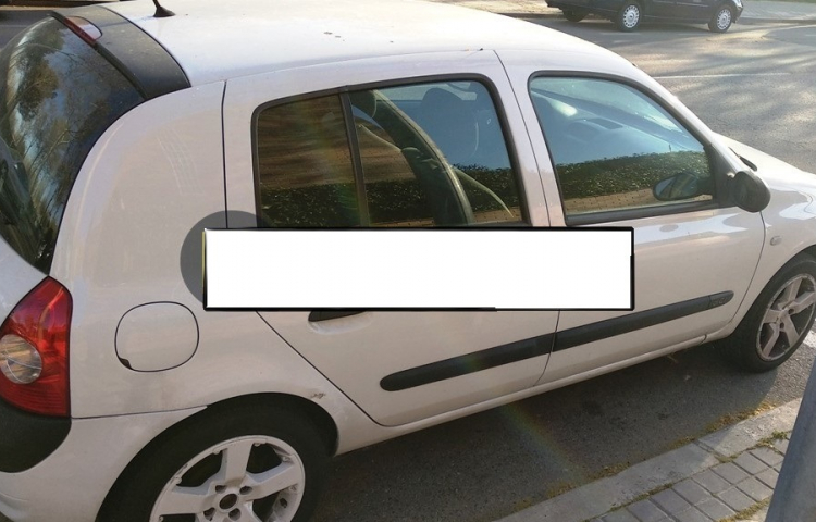 Hire a Renault Clio in Torrent