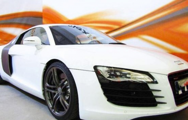 Hire a Audi R8 in Alicante
