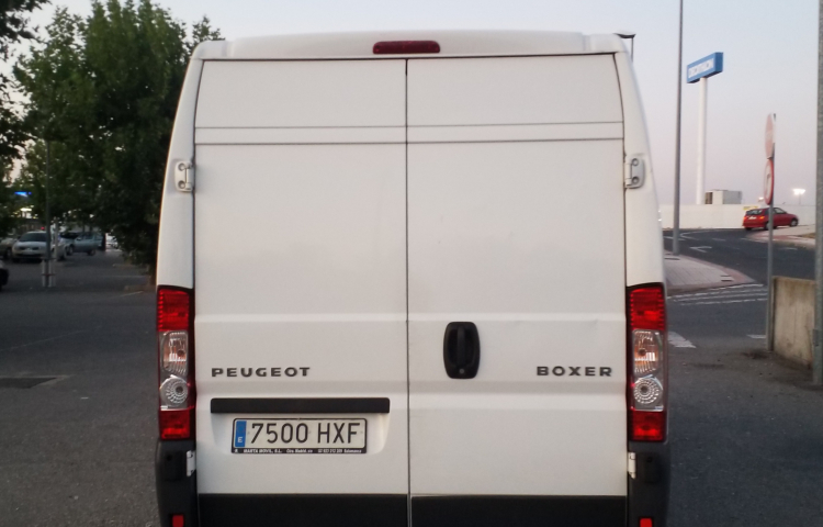 Hire a Peugeot Boxer in Barcelona