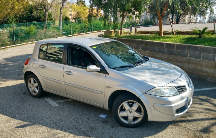 Hire a Renault Megane Coupe in Barcelona