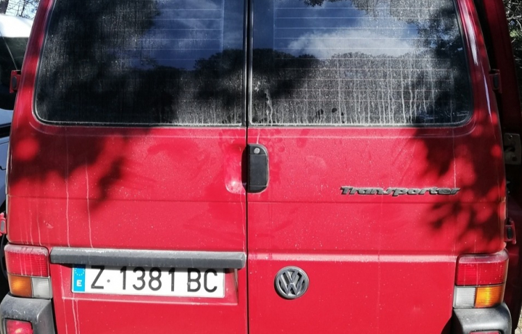 Hire a Volkswagen Transporter in Vic