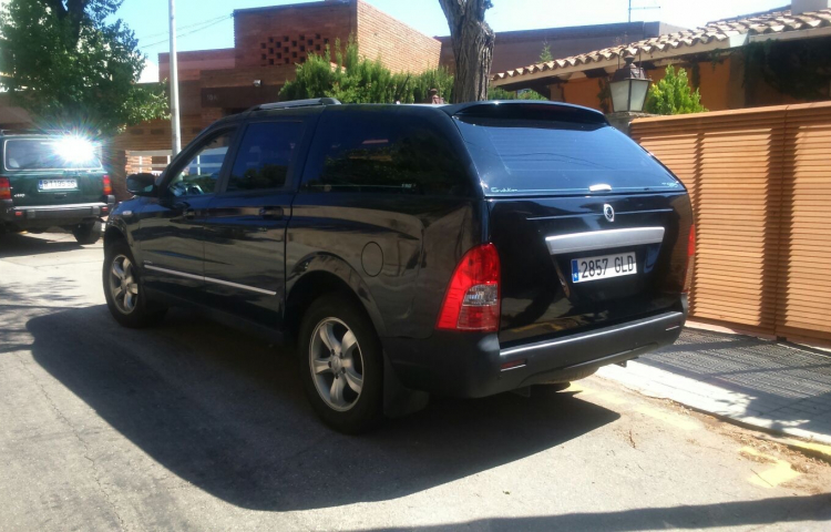 Louer SsangYong Actyon Sports Pick Up à Barcelone