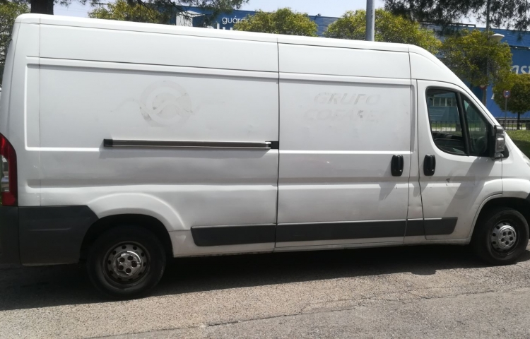 Hire a Citroen Jumper in Alcorcón