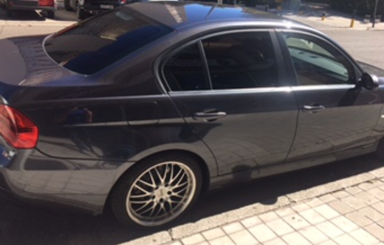Hire a BMW 320d in Madrid