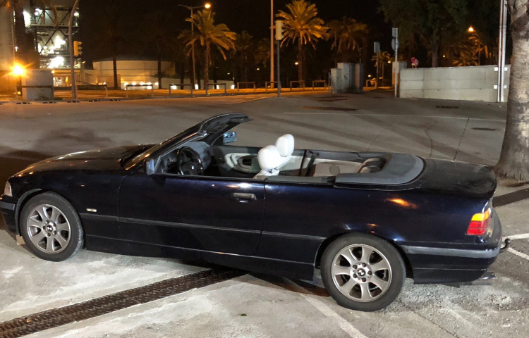 Hire a BMW Serie 3 Cabrio in Barcelona