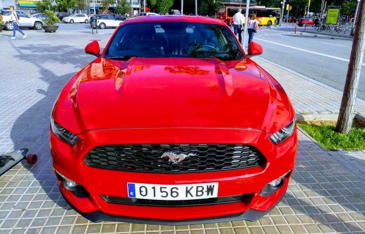 Hire a Ford Mustang in Barcelona