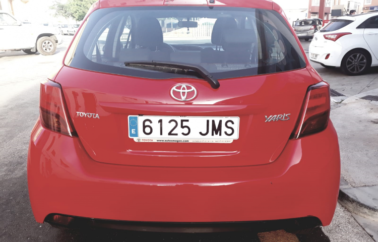 Hire a Toyota Yaris in Barcelona