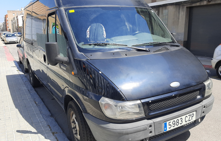 Hire a Ford Transit in Sabadell