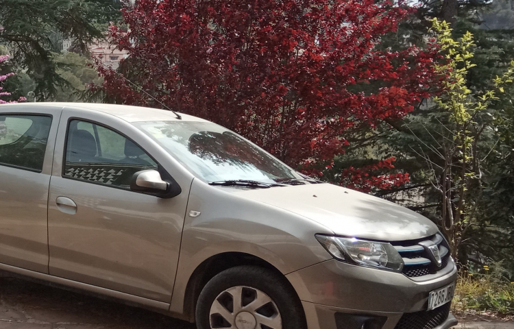 Hire a Dacia Sandero in Barcelona