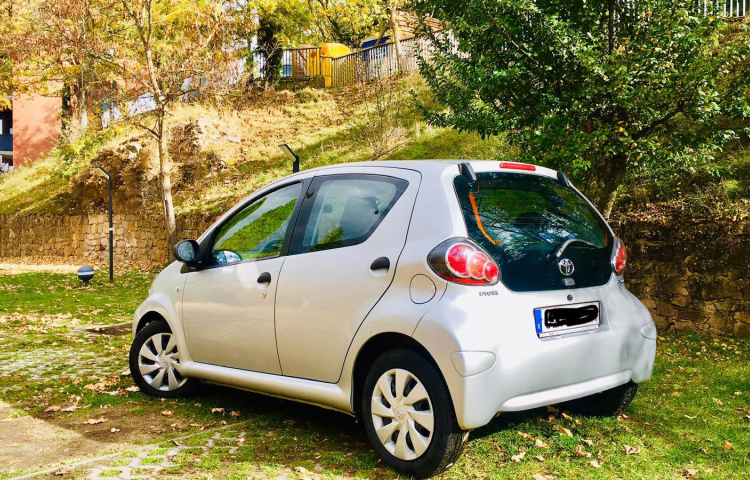 Hire a Toyota Aygo in Barcelona