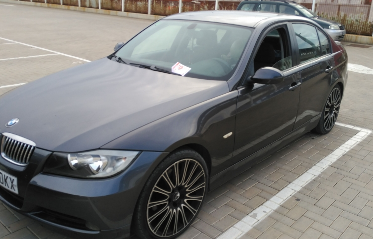 Hire a BMW 320d in Ibiza