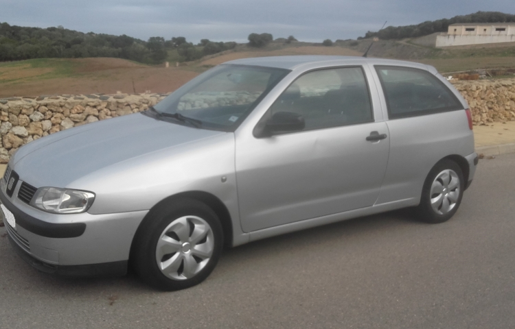 Hire a Seat Ibiza 1.9 in Mercadal