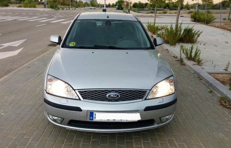 Hire a Ford Mondeo in Madrid