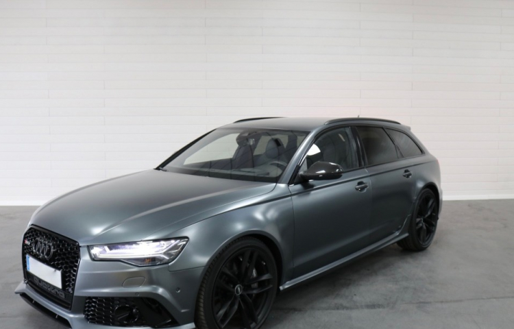 Hire a Audi RS6 in Madrid