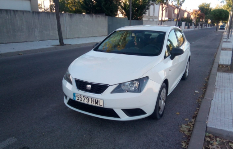 Hire a Seat Ibiza ST in Madrid