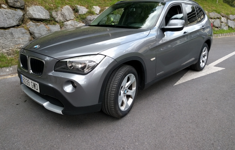 Hire a BMW X1 in Galdakao
