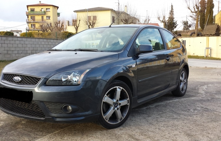 Hire a Ford Focus in Barcelona
