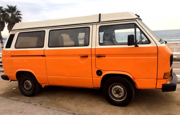 Hire a Volkswagen T3 Club Joker in Madrid