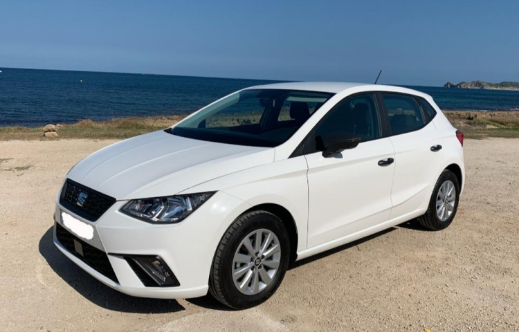 Hire a Seat Ibiza in Xàbia