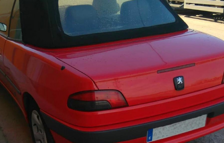 Hire a Peugeot 306 in Alginet