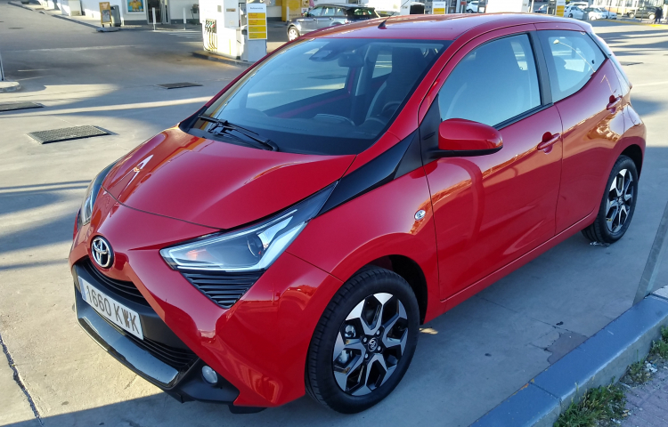Hire a Toyota Aygo in Ciempozuelos