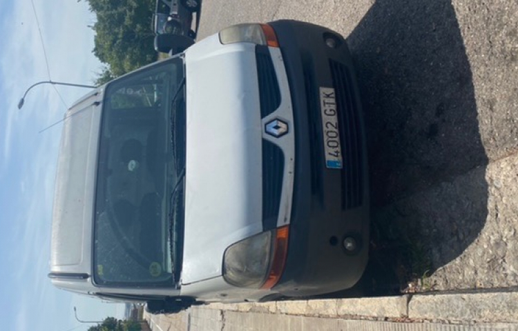 Hire a Renault Master in Barcelona