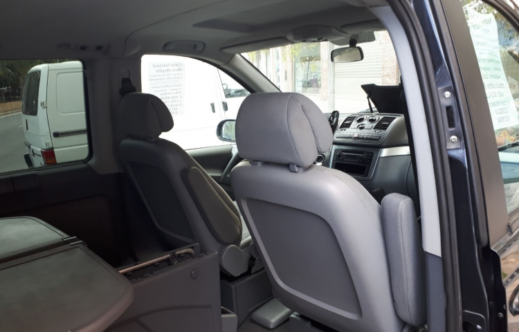 Hire a Mercedes Viano in Alicante