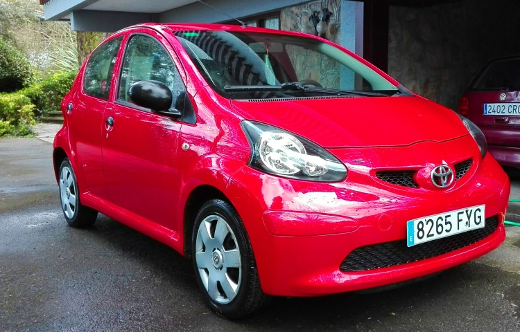 Hire a Toyota Aygo in Getxo