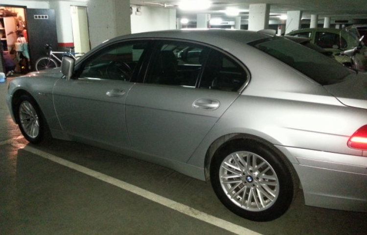 Hire a BMW Bmw Serie 7 in Barcelona