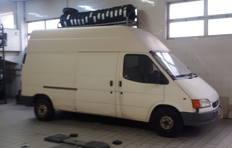 Hire a Ford Transit in Madrid