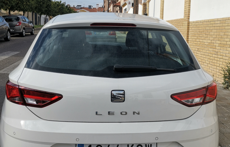 Hire a Seat Leon in Sevilla