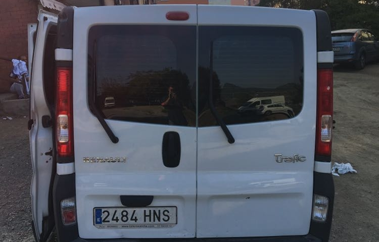 Hire a Renault Trafic in Barcelona
