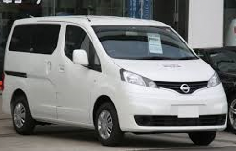 Hire a Nissan NIssan NV200 FORT CONFORT in Lleida