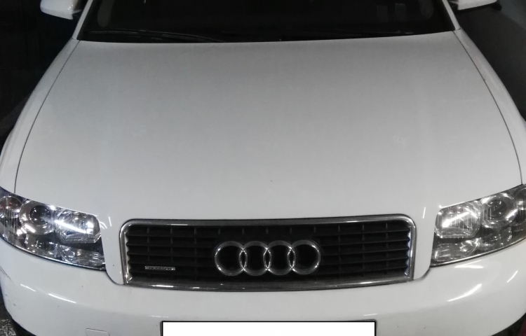 Hire a Audi A4 in Barcelona