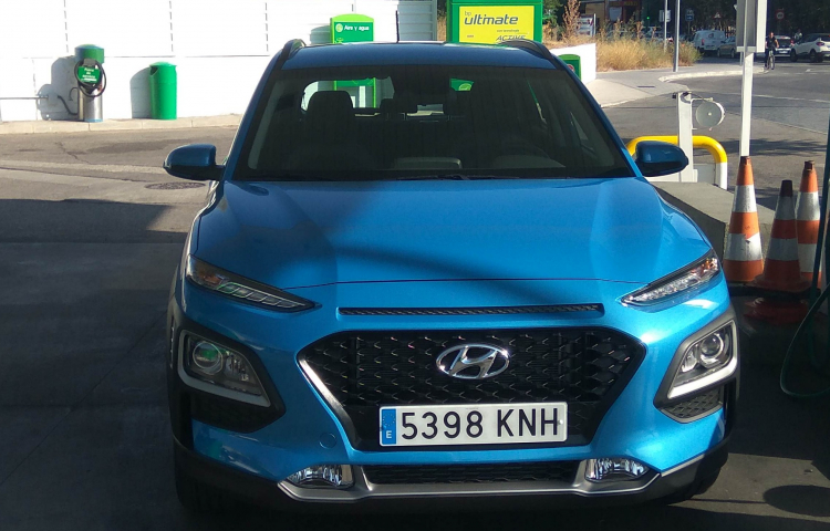 Hire a Hyundai Tucson in Madrid