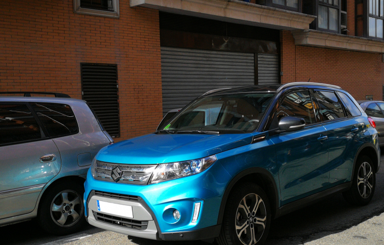 Hire a Suzuki Vitara in Madrid