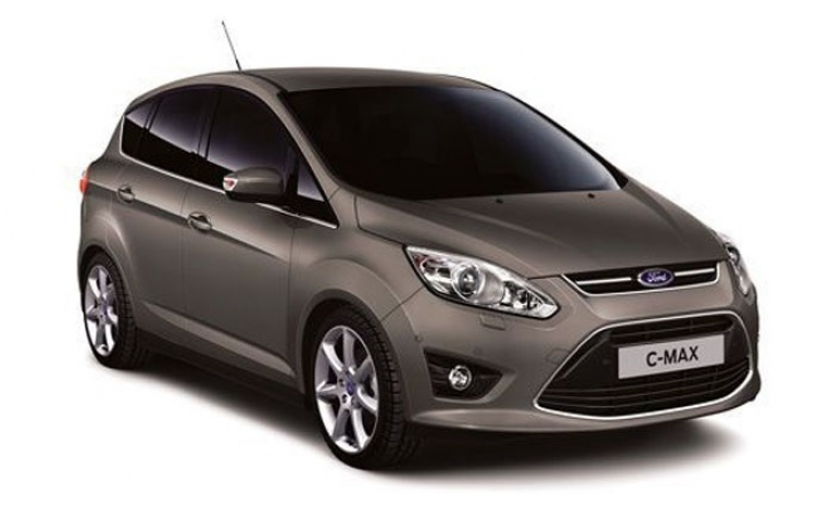 Hire a Ford Cmax in Madrid