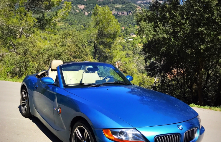Hire a BMW Z4 in Barcelona