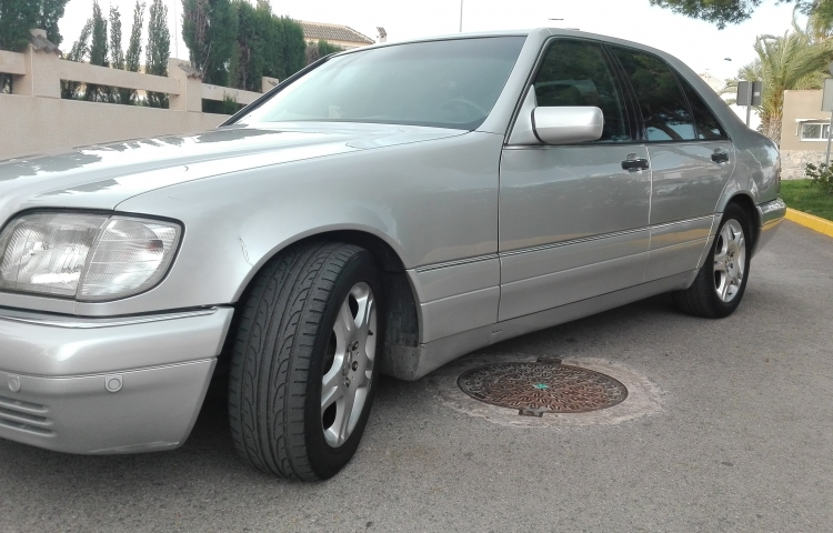 Hire a Mercedes Clase S in Alicante