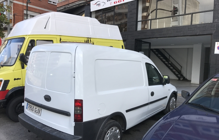 Hire a Opel Combo in Avilés